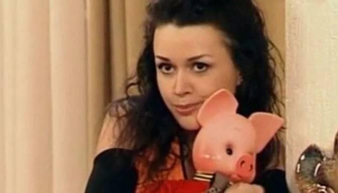 Krievijas prese paziņo, ka Anastasija Zavarotņuka gatavojas sniegt lielu TV interviju