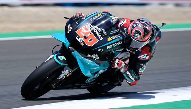 """Kvartararo izcīna otro uzvaru pēc kārtas """"MotoGP"""" sezonas ievadā"""