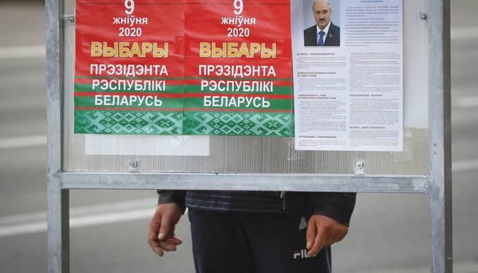 """Minskā aizturēti telekanāla """"Doždj"""" žurnālisti"""