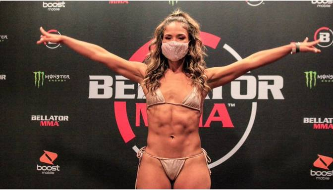 MMA cīkstone uzvaru nosvin ar juteklisku deju