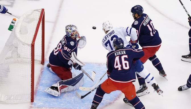 """Katastrofa Toronto – Merzļikins un """"Blue Jackets"""" pēdējās četrās minūtēs izlaiž 3:0 vadību un papildlaikā zaudē """"Maple Leafs"""""""