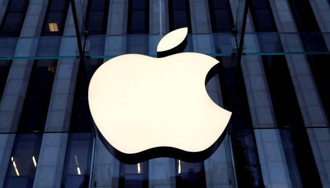 """""""Apple"""" kļūst par pirmo ASV kompāniju, kuras tirgus vērtība pārsniegusi divus triljonus dolāru"""