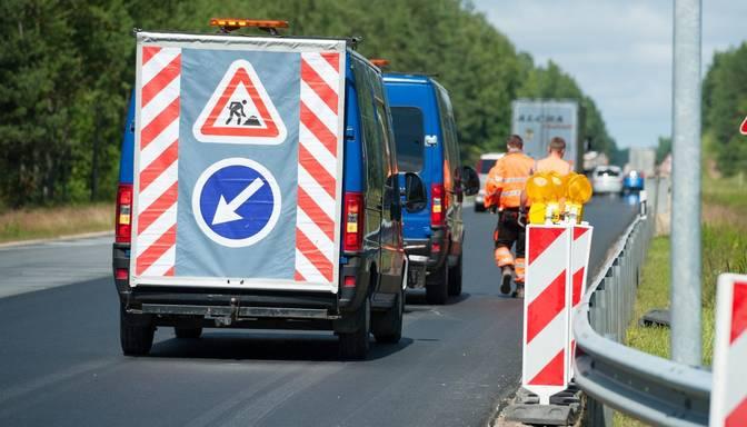 Informācija šoferiem: uz Saulkrastu apvedceļa mainīta satiksmes organizācija