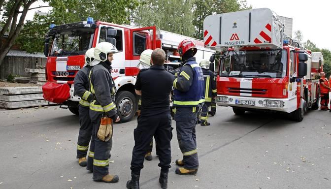 Tukumā pēc gāzes noplūdes no dzīvojamās ēkas evakuēti 18 iedzīvotāji