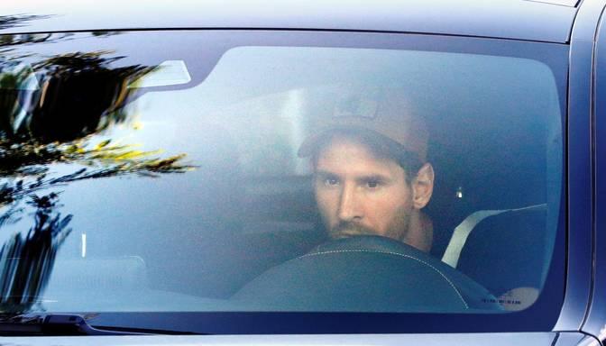 "Mesi ieradies ""Barcelona"" treniņu bāzē"