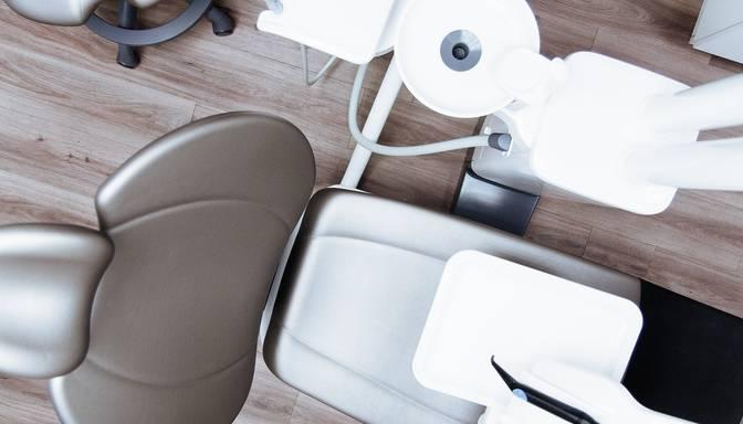 Cēsīs ir 11 zobārstniecības, bet nevienā nevar izraut sāpošu zobu!