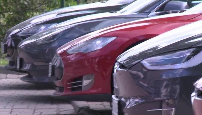 """""""Zebra"""": vadītājiem nevajadzētu pārlieku satraukties par briestošajām nodokļu izmaiņām automašīnām Latvijā"""