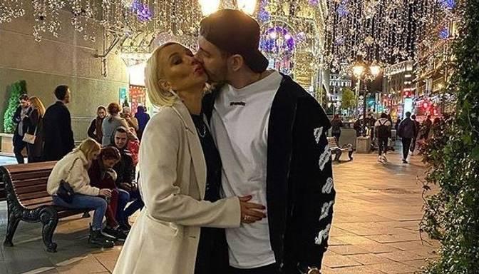 Ļera Kudrjavceva pastāsta, kā izvēlas apakšveļu sev un vīram
