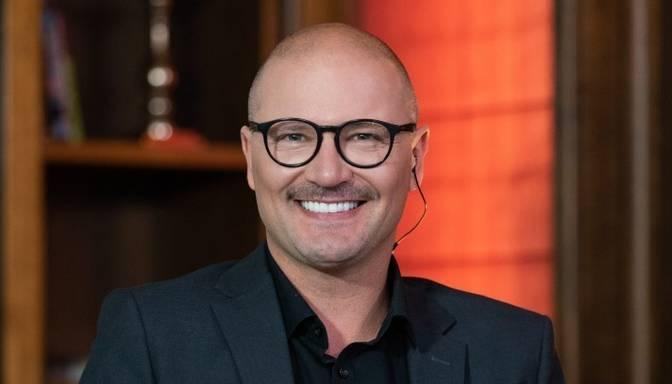 Sapņo par Holivudas cienīgu smaidu? Skaists un veselīgs smaids ir veiksmīga un laimīga cilvēka vizītkarte!