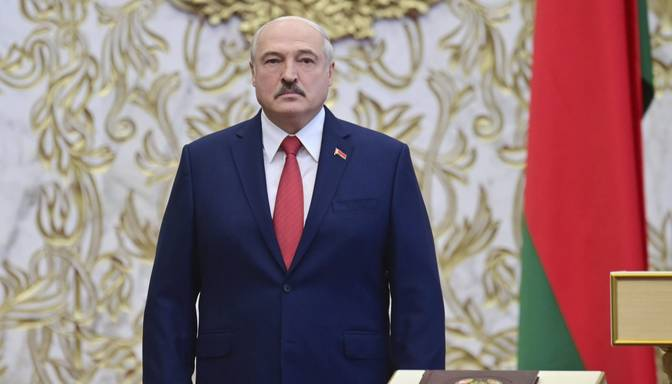 """Baltkrievija """"melnajā sarakstā"""" iekļauj virkni Baltijas valstu amatpersonu"""