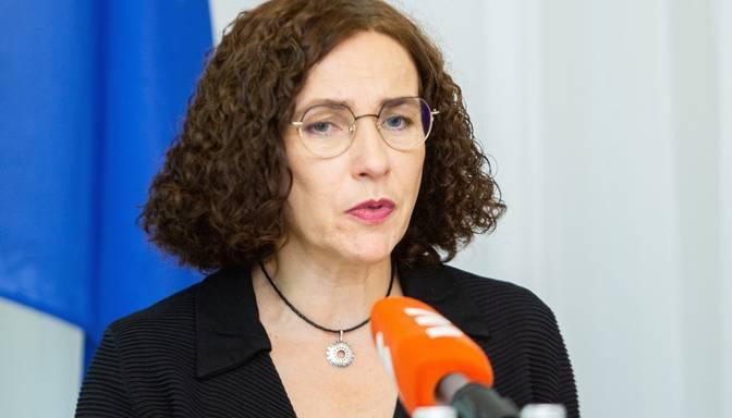 Ministre: Tikai ar katra atbildīgu rīcību iespējams apturēt Covid-19 izplatīšanos skolās