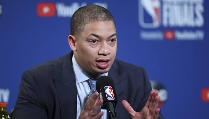 """Lū kļūst par """"Clippers"""" galveno treneri"""