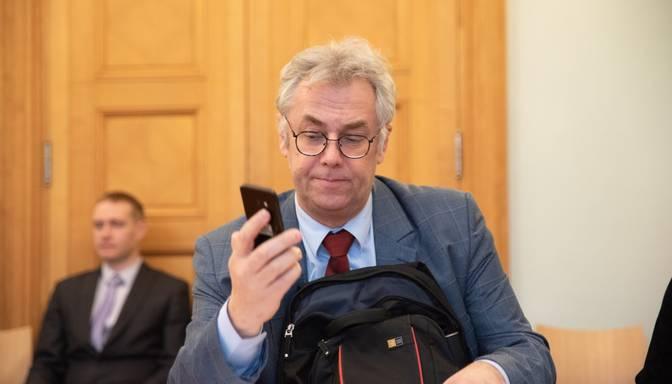 Perevoščikovs: Ir bijuši gadījumi, kad mediķi ar Covid-19 simptomiem turpināja pildīt pienākumus