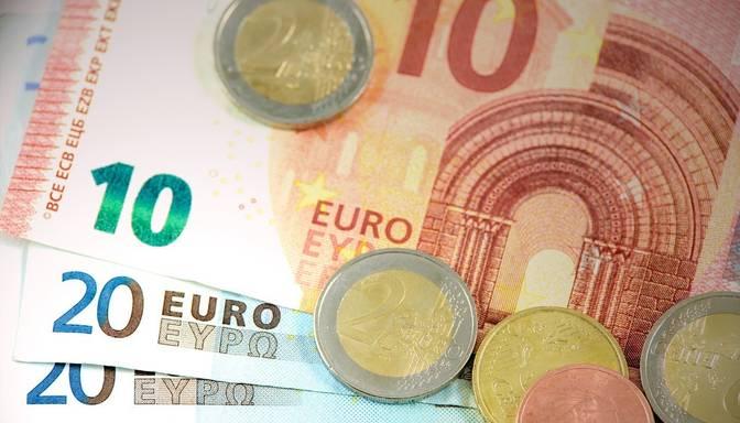 """Topošais """"līgavainis"""" no Sīrijas vidzemniecei izkrāpis 13 000 eiro"""