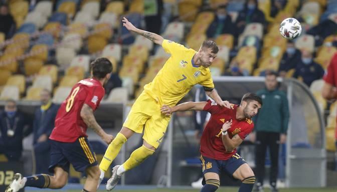 Ukraina Nāciju līgas mačā pārsteidzoši uzvar Spānijas futbolistus