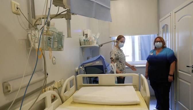 Austrumu slimnīcā aizņemti 60% Covid-19 pacientu ārstēšanai paredzēto gultu