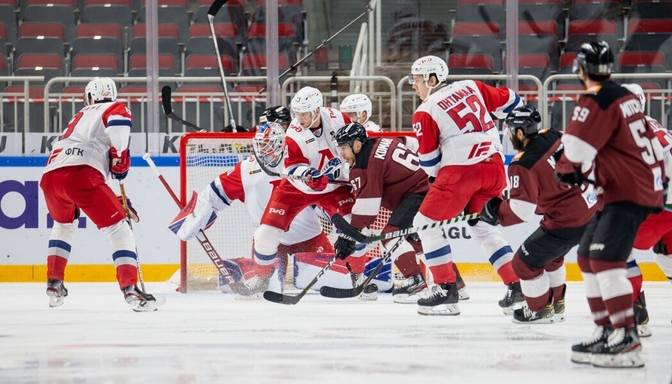 Dumpis: No visiem komandu sporta veidiem, šķiet, īpaši bīstams ir hokejs