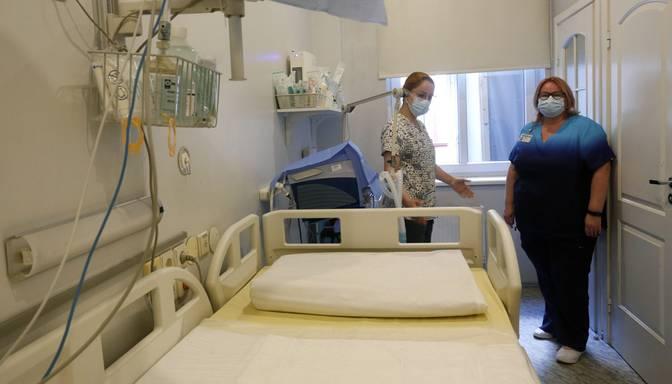 Reģionālajām un universitāšu slimnīcām būs jātur 15% brīvo gultu fonds