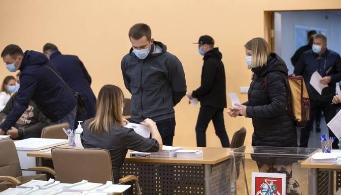 Lietuvā ar jauno koronavīrusu inficējušies vēl 603 cilvēki; Igaunijā- 60 cilvēki