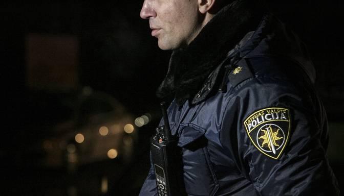 Policisti Čiekurkalnā narkotiku glabāšanas vietā atsavina kilogramu metamfetamīna