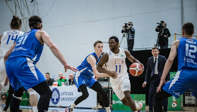 """Ogres"" basketbolisti uzvar ""Latvijas Universitāti"""