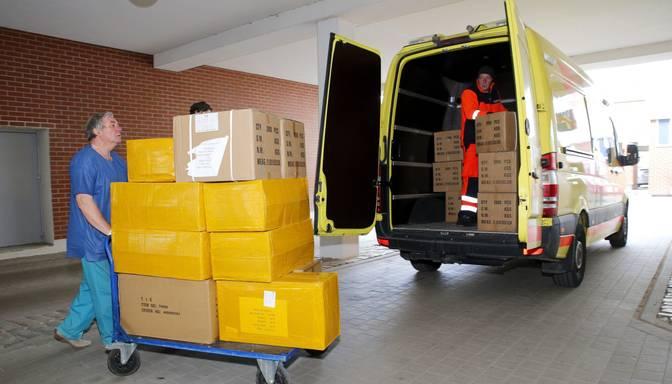 Covid-19 krīze: slimnīcām aizsarglīdzekļu rezervju pietiks vienam līdz diviem mēnešiem