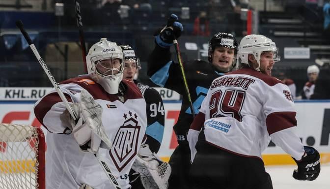 """Rīgas """"Dinamo"""" pirmajā spēlē pēc ilgās pauzes izbraukumā piekāpjas Minskas """"Dinamo"""""""