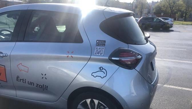 Šogad gandrīz uz pusi pieaudzis elektrisko automobiļu skaits