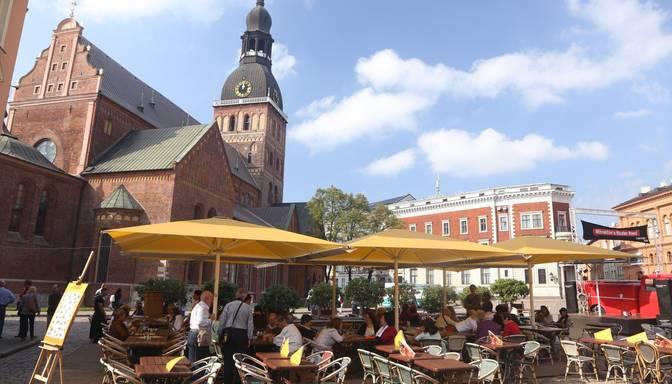 Teju puse vakar atklāto Covid-19 gadījumu reģistrēti Rīgā, saslimušo skaits audzis arī Daugavpilī