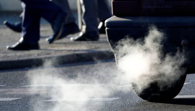 30% gaisa piesārņojuma Latvijā rada auto izplūdes gāzes