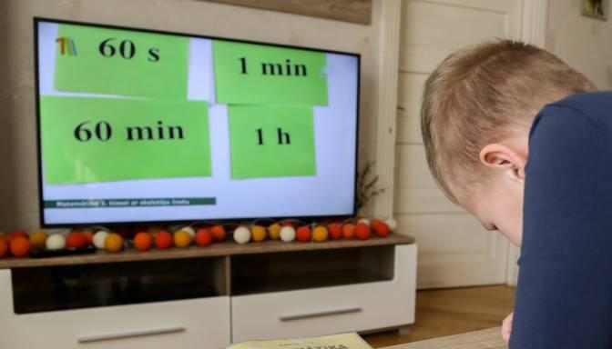 Salaspilī daudzbērnu ģimenēm būs iespēja saņemt kompensāciju par mācībām iegādātu datortehniku