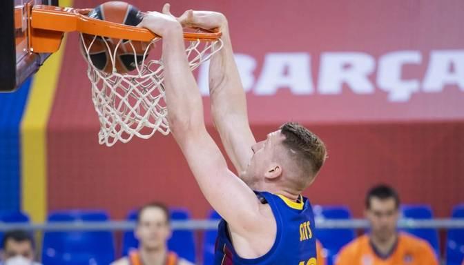 """Šmits un Strēlnieks rezultatīvi; """"Barcelona"""" pārņem līderpozīciju no CSKA"""