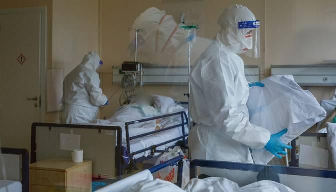 Papildu Covid-19 pacientu gultu ierīkošanai un medicīnisko iekārtu iegādei novirza 11,7 miljonus eiro