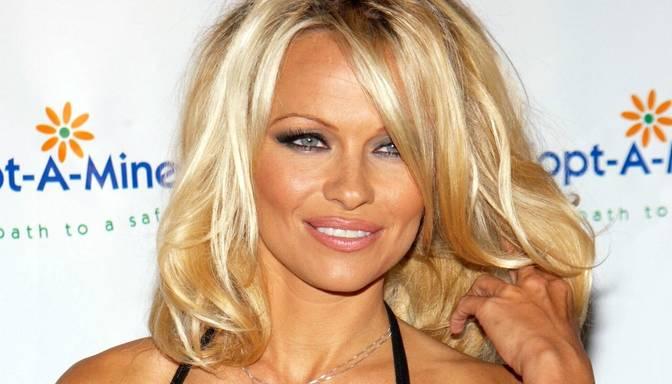 Pamela Andersone apprecējusies ar savu miesassargu