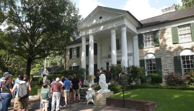 Elvisa Preslija māju iespējams apmeklēt virtuālā ekskursijā