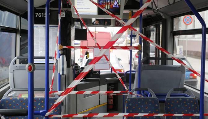 """KNAB rosina apsūdzēt trīs personas par 246 767 eiro izkrāpšanu no """"Rīgas satiksme"""""""