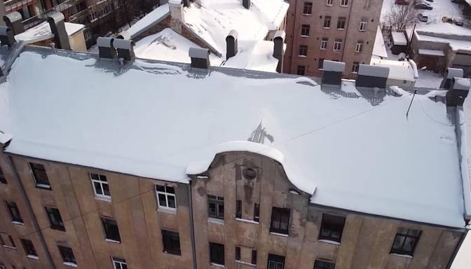 Aptauja: pandēmijas dēļ par dzīvesvietas maiņu domājuši 35% Latvijas iedzīvotāju