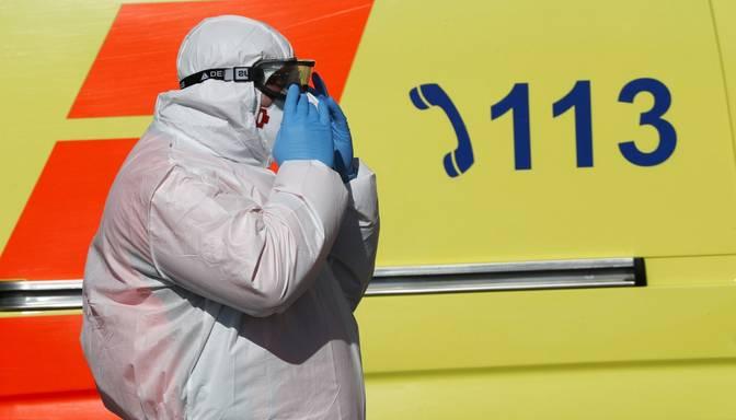 Covid-19: Latvijā reģistrēti 876 jauni inficēšanās gadījumi, bet 19 sasirgušie miruši