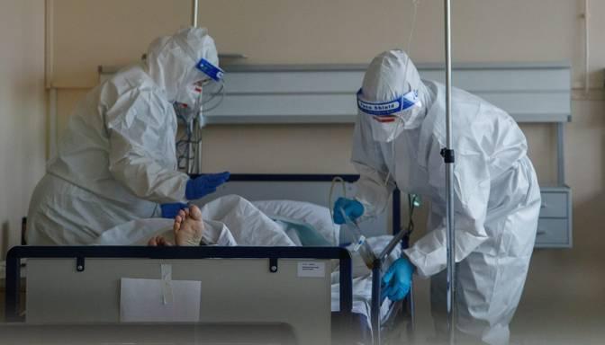 Covid-19: trešdien stacionēts līdz šim lielākais pacientu skaits