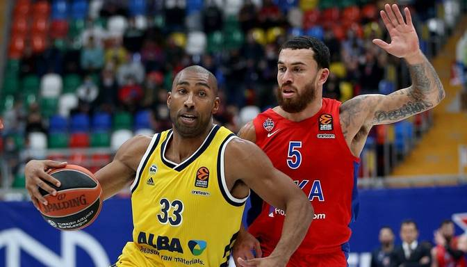 """Šmita """"Barcelona"""" un Strēlnieka CSKA centīsies revanšēties par zaudējumiem Eirolīgas pirmā apļa spēlēs"""