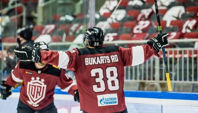 Roberts Bukarts atzīts par pirmdienas spēļu labāko hokejistu KHL