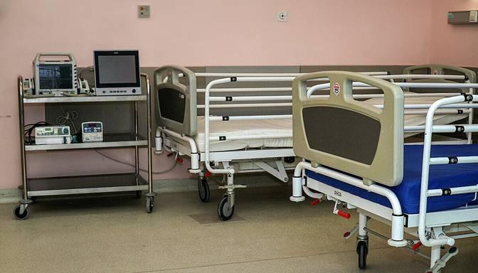 Diennakts laikā slimnīcās ievietoti 100 Covid-19 slimnieki, bet izrakstīti 117