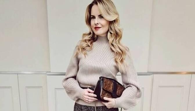Maija Silova pamāca, kā valkāt adījumus un neizskatīties vecākai par saviem gadiem