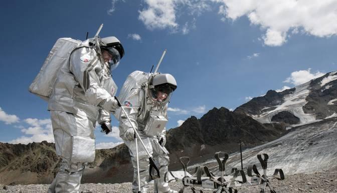 Astronauta amata pretendentus no Latvijas mudina rēķināties ar smagu darbu