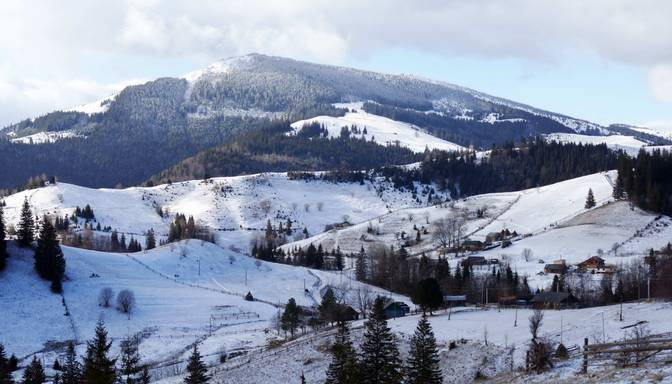 Ukraiņi kalnos rod mieru no Covid-19 pandēmijas