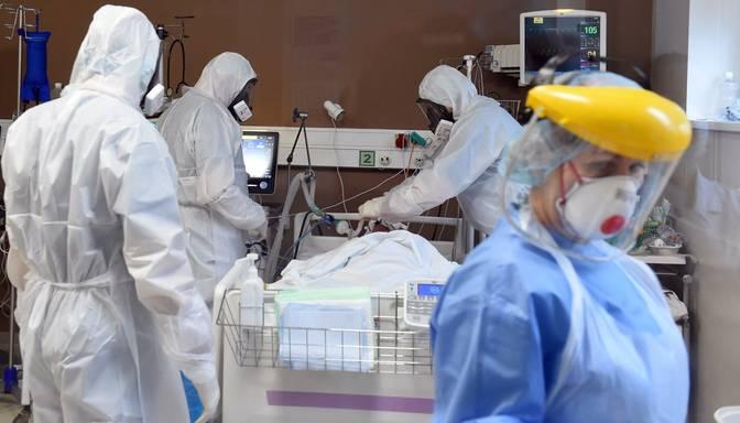 Ap 1600 Covid-19 gadījumi varētu būt saistīti ar inficēšanos ārstniecības iestādē kā pacientam