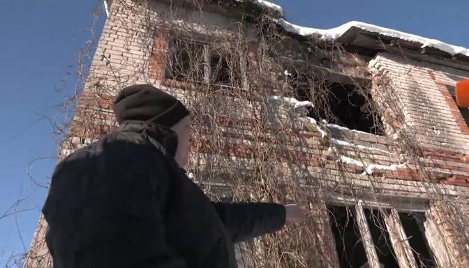 Pussagruvis nams Nītaures pagastā apdraud vietējo dzīvības!