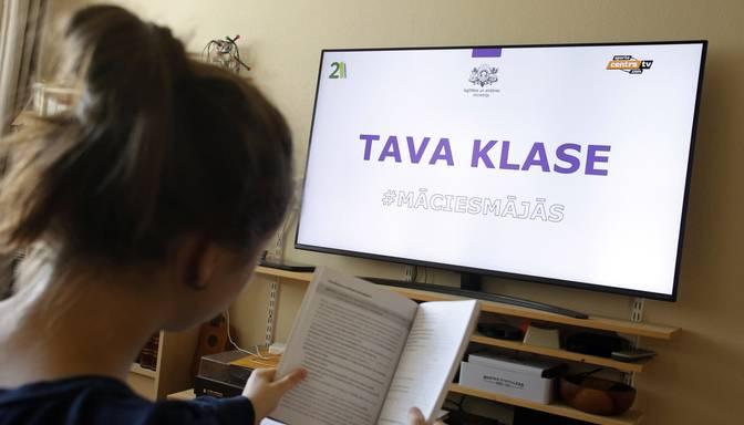 IZM parakstījusi memorandu par interneta iespēju palielināšanu Latvijas skolās