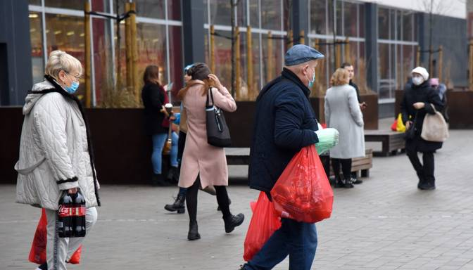 Latvijā joprojām piektā augstākā saslimstība ar Covid-19 ES un EEZ valstu vidū