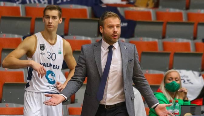 """""""Valmiera Glass""""/ViA basketbolisti LIBL atspēlē 21 punkta deficītu pret """"Ventspili"""" un uzvar favorītus"""